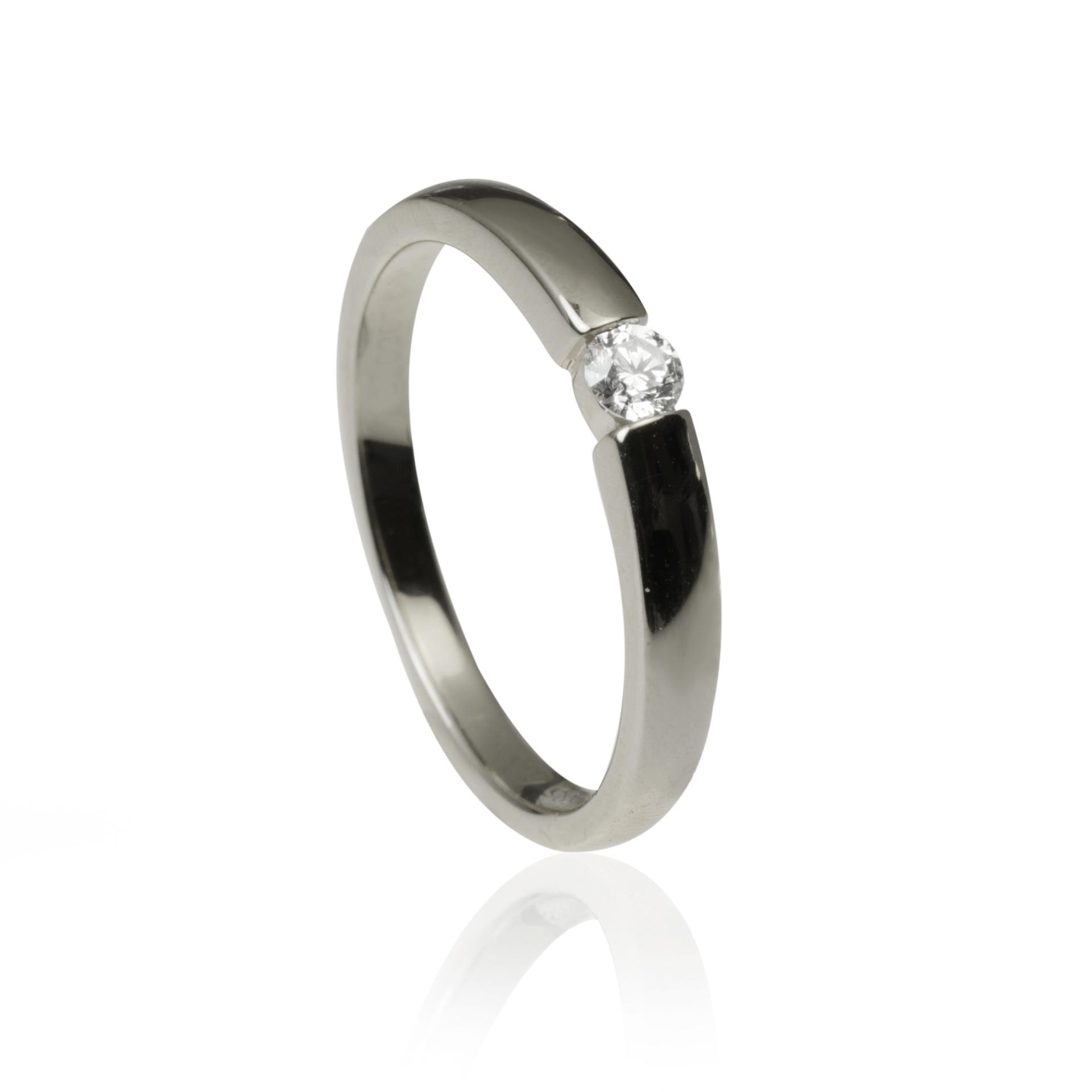 267c157a1 GOLDIE - Solitare - Diamantový zlatý prsteň